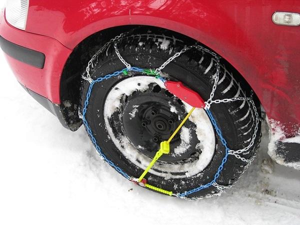 Lanci za snijeg za automobile
